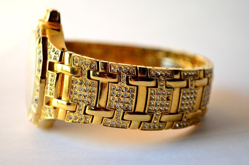 expensive looking gold watch