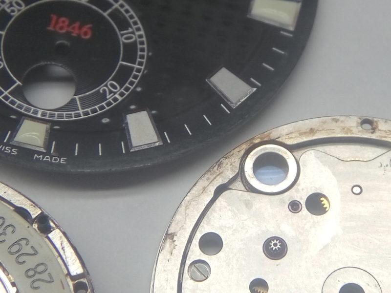 Влияние влаги на часы