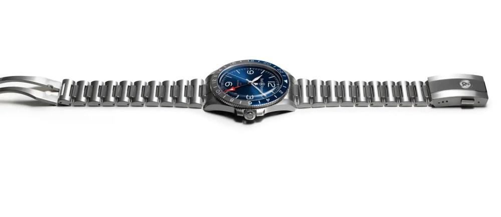I07 22 BRV2 93 GMT Blue H.jpg 1600px
