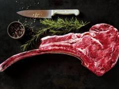 Nieuwe samenwerking tussen Teest en Meneer Wateetons: driedaagse vleesbereidingscursus