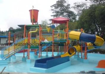 waterpark , seluncuran waterboom , waterslide , ember tumpah (14)