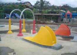 waterpark , seluncuran waterboom , waterslide , ember tumpah (5)