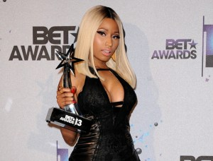 showbiz-nicki-minaj-bet-awards