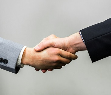 8 Critical Issues When Negotiating Your Sale