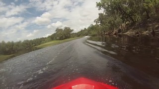 Jet Skiing the twisties of Econ River in Orlando Florida on Kawasaki