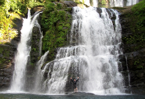 Nauyaca Waterfalls