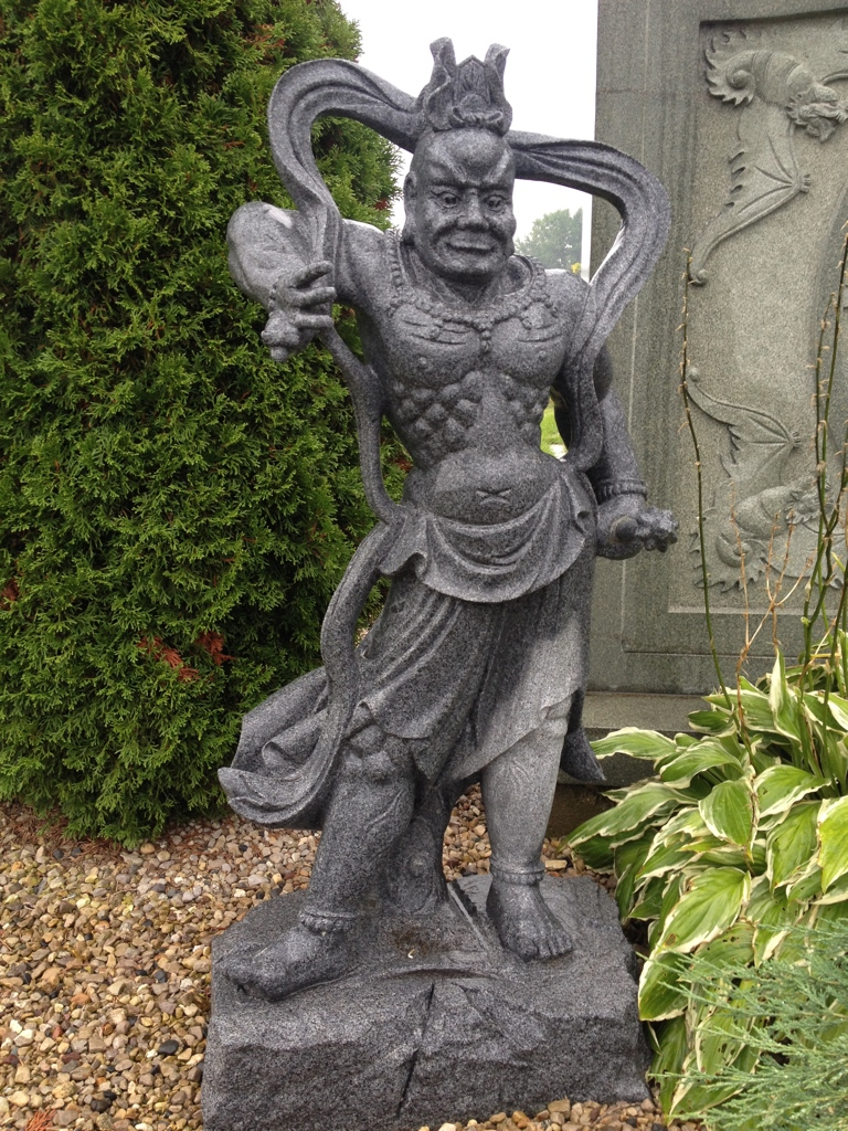 Outdoor Japanese Guardian Statue In Gray Granite Water