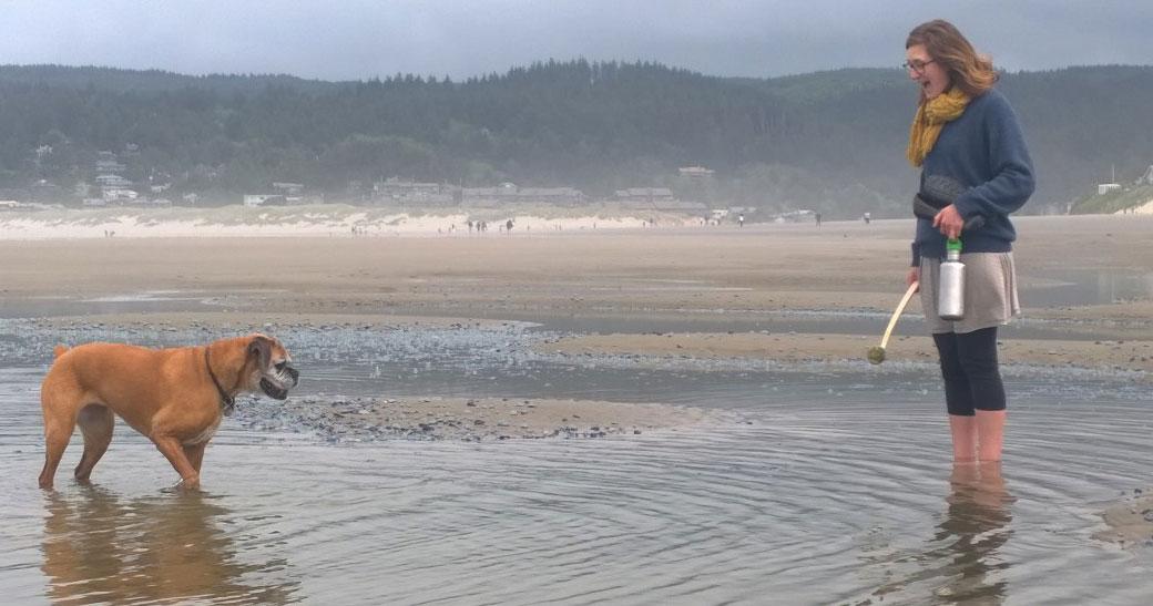 Lucie Bea and Kindra at the Oregon Coast