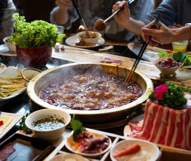 Party To Eat Hot Pot