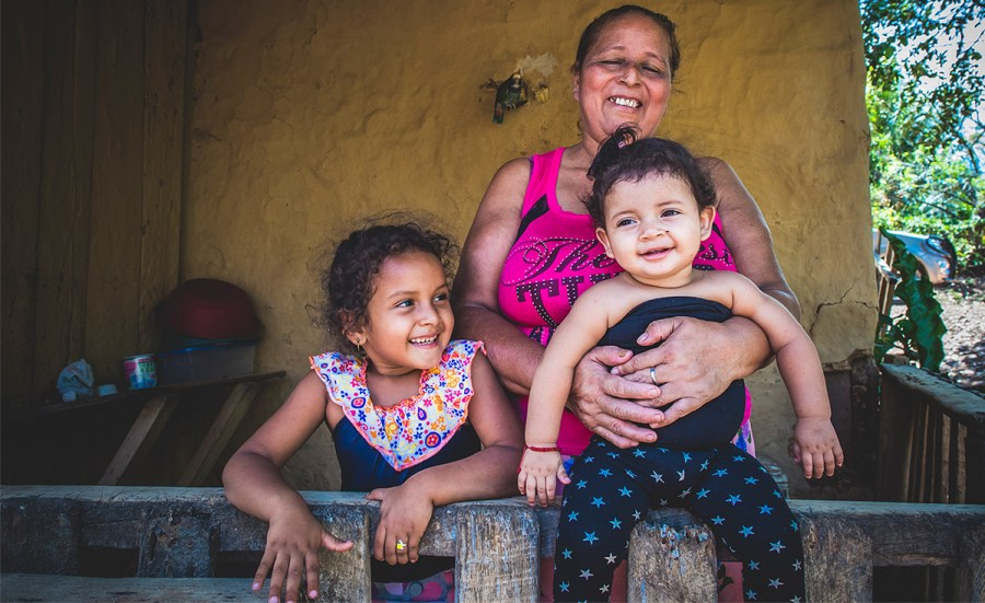 Felis and her two young granddaughters, Briyi and Yamaly.
