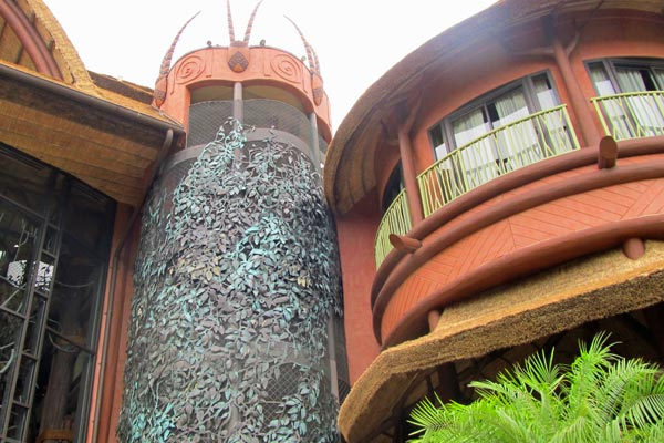 View of the back side of the entrance to the lobby of the Animal Kingdom Lodge in Disney World 600