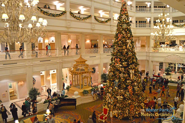 Disney Grand Floridian Christmas Tree Atrium Looking Down 600