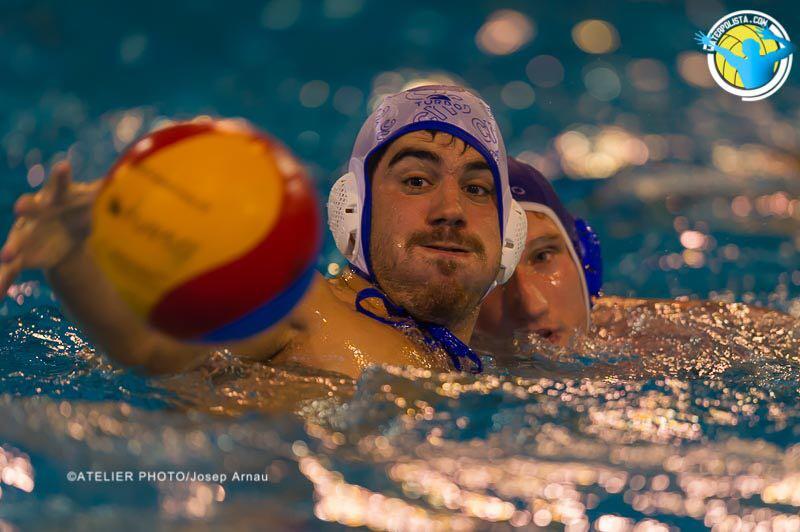 Una jugada del partido celebrado el pasado sábado entre Catalunya y Molins de Rei / JOSEP ARNAU (ATELIER PHOTO)