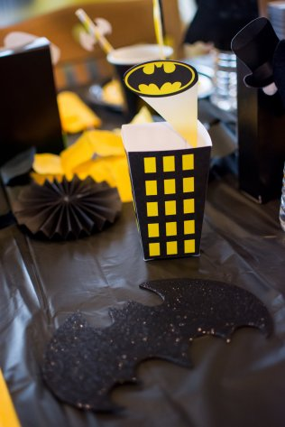 View More: http://megansmanymemories.pass.us/batman-party