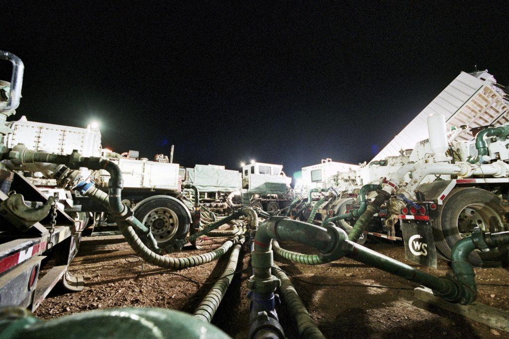 fracking, North Dakota, Bakken, oil, water