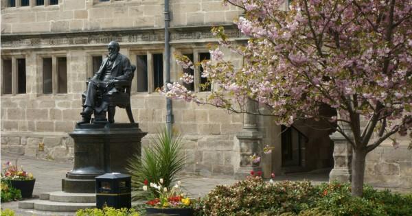 Micky Mellon, Shrewsbury, Charles Darwin and Motivating Men