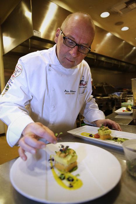 Watson Lake Inn Cooking School Chef Peter Gebauer AAC WCMC Watson Lake Inn Prescott Lodging
