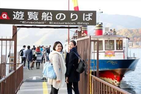 นั่งเรือ Ensoleille ชมรอบทะเลสาบ Kawaguchiko