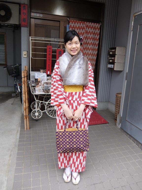 15 ready to stroll the streets of kawagoe in kimono
