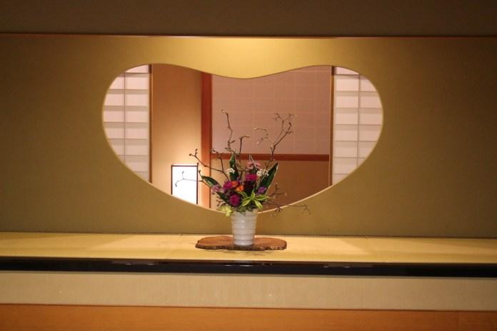 館內整潔,飾以和風裝飾