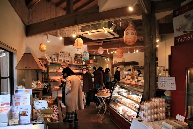 店內的空間設計採歐洲鄉村風格,給人溫馨的感覺