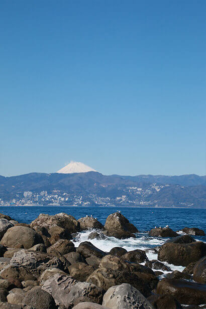 Hatsushima also has a nice view of Mt Fuji