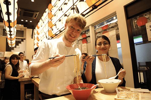 eating-ramen-in-Fukuoka
