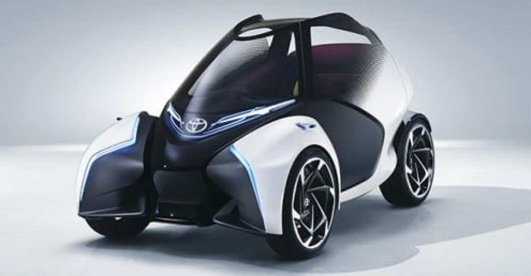 Toyota i-TRIL Electric Vehicle Concept Car