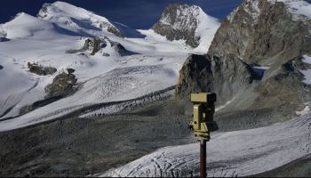 Study: Glaciers help build mountains | Watts Up With That?
