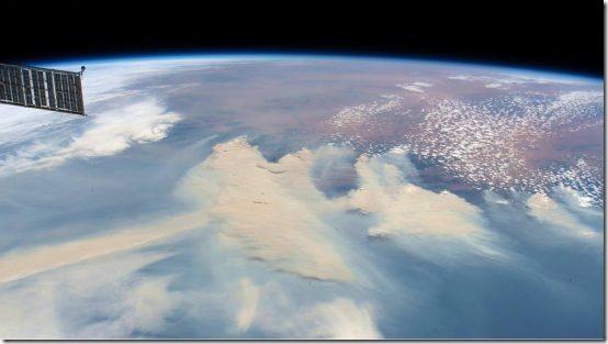 Bushfire-smoke-from-ISS-Jan-4-2020-550x309