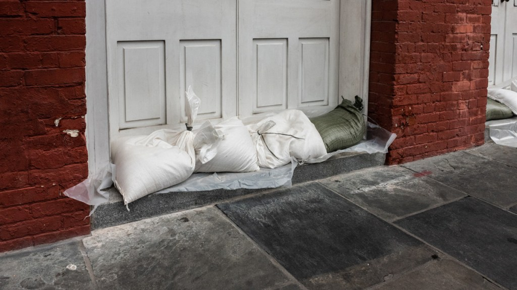 New Orleans sandbagging ahead of Hurricane Barry