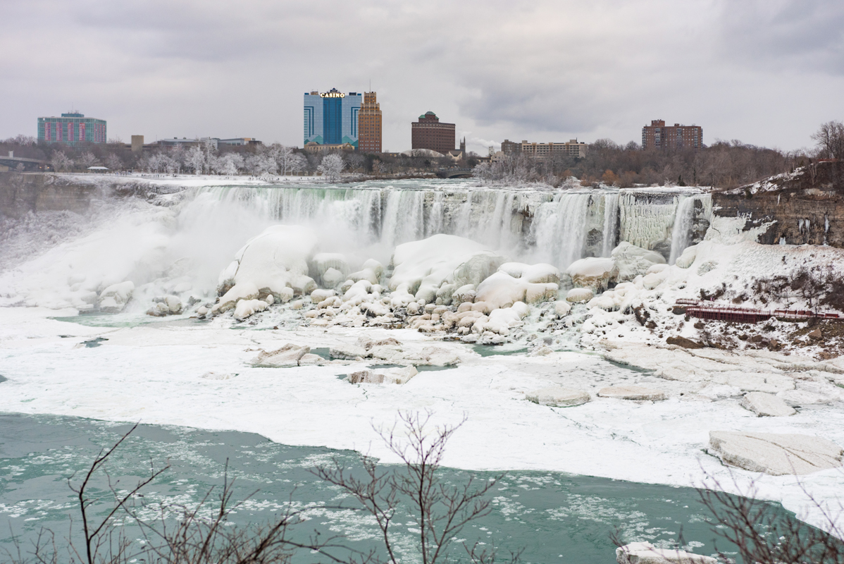 frozen niagara falls on the american side