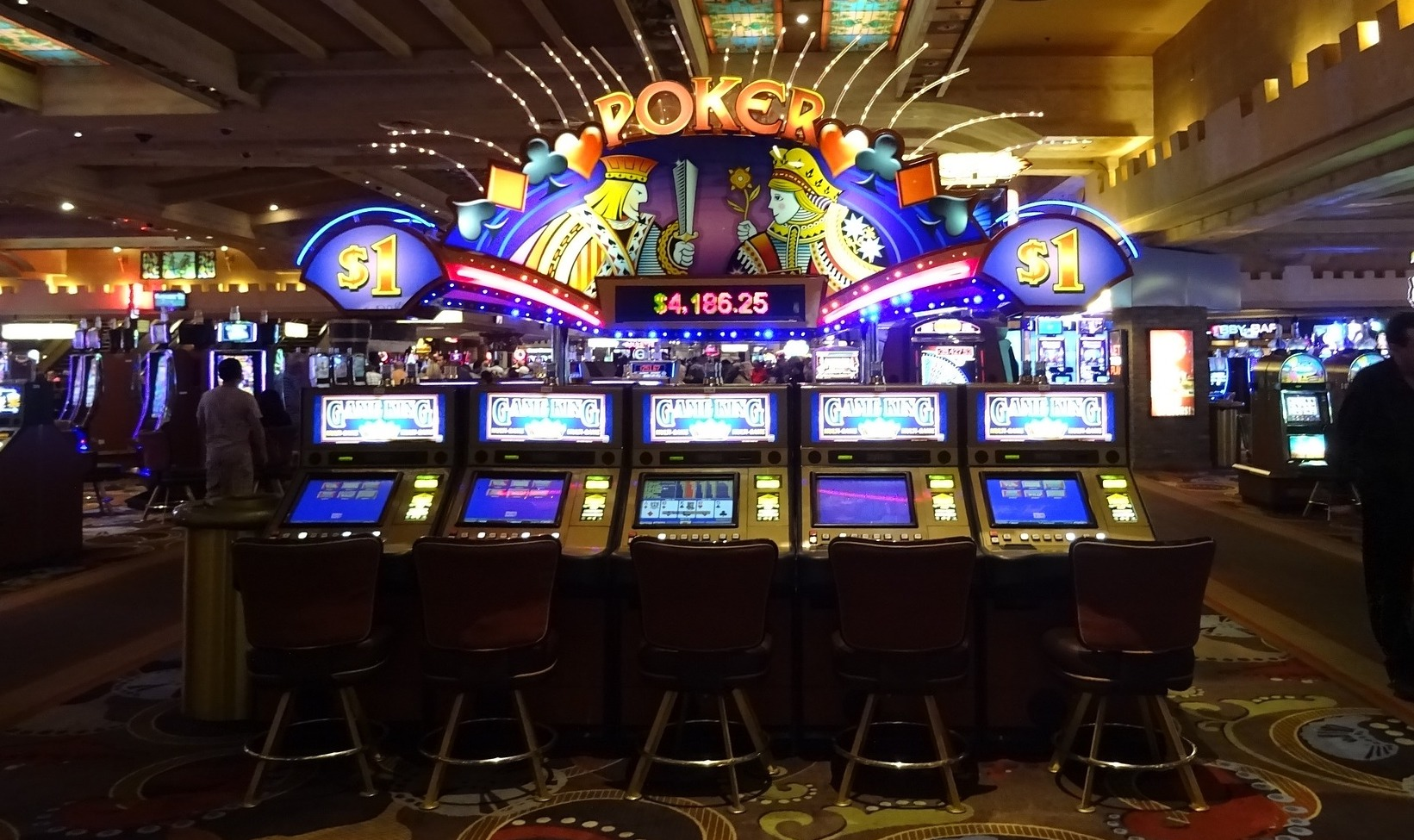 Illinois is poised to become the gambling capital of the Midwest - Wausau  Pilot & Review
