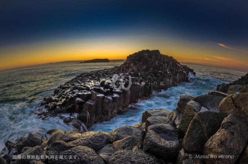 オーストラリアの東尋坊? 偉大なる自然が創り出した岩のアート