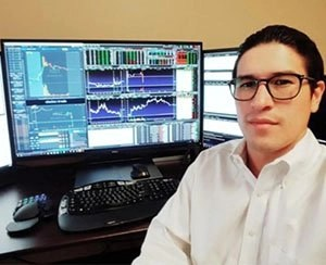 The Wave Academy   Teach Traders How To Grab Profit From Any Market  Image of who is trader