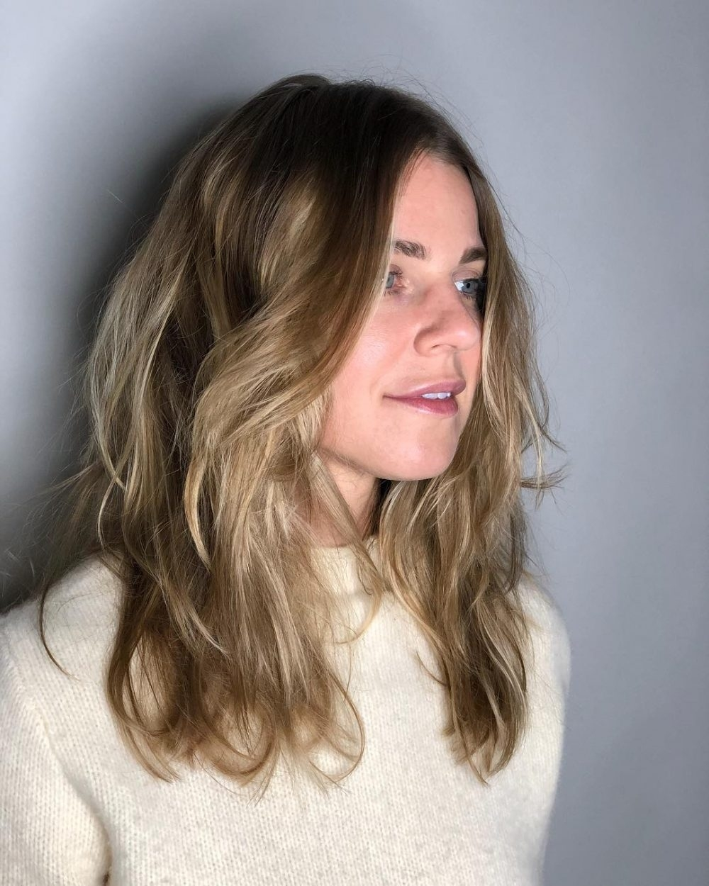 What Kind Of Haircut For Square Face , Wavy Haircut