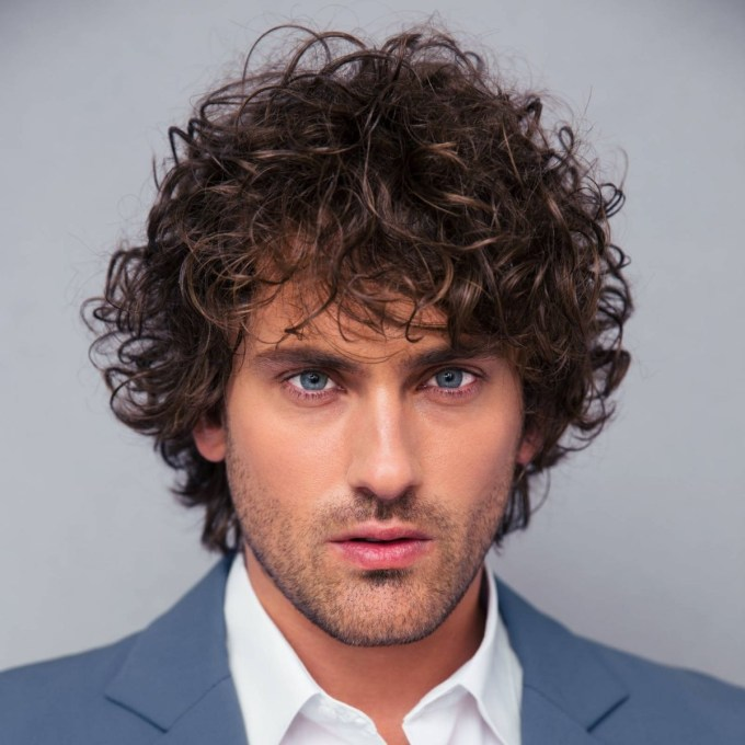 40 Modern Men's Hairstyles For Curly Hair (That Will Change Your Look) inside Haircuts For Curly Unruly Hair