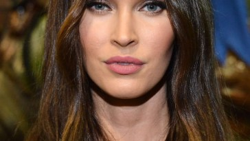 Best Hairstyles For Oval Faces - 10 Flattering Haircuts For Long with regard to Haircut For Oval Face Long Hair