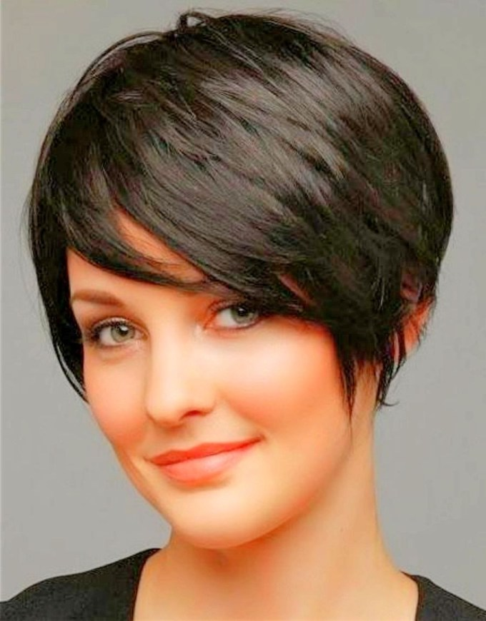 Pixie Haircuts For Round Faces - Google Search | Hair | Pinterest with Pixie Haircut For Oval Chubby Face