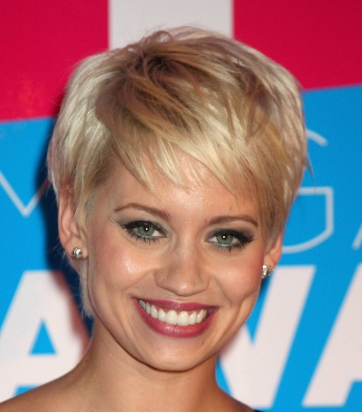 Short Hairstyles Square Faces Over 50 - Hairstyle For Women & Man in Short Haircuts Square Face Over 50