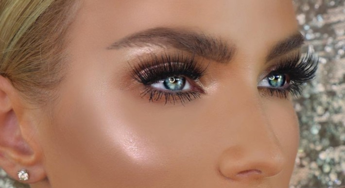 Makeup For Blue Eyes: 5 Eyeshadow Colors To Make Baby Blues Pop with Makeup Colors Blue Eyes