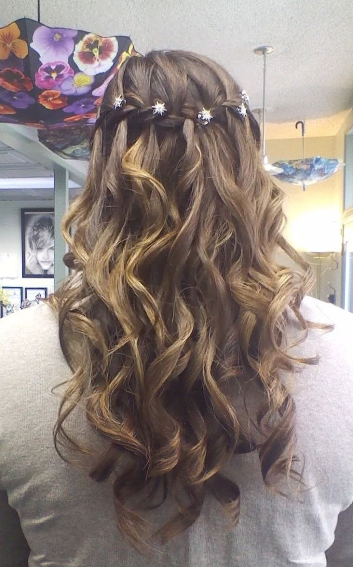 easy hairdo for middle school dance - wavy haircut