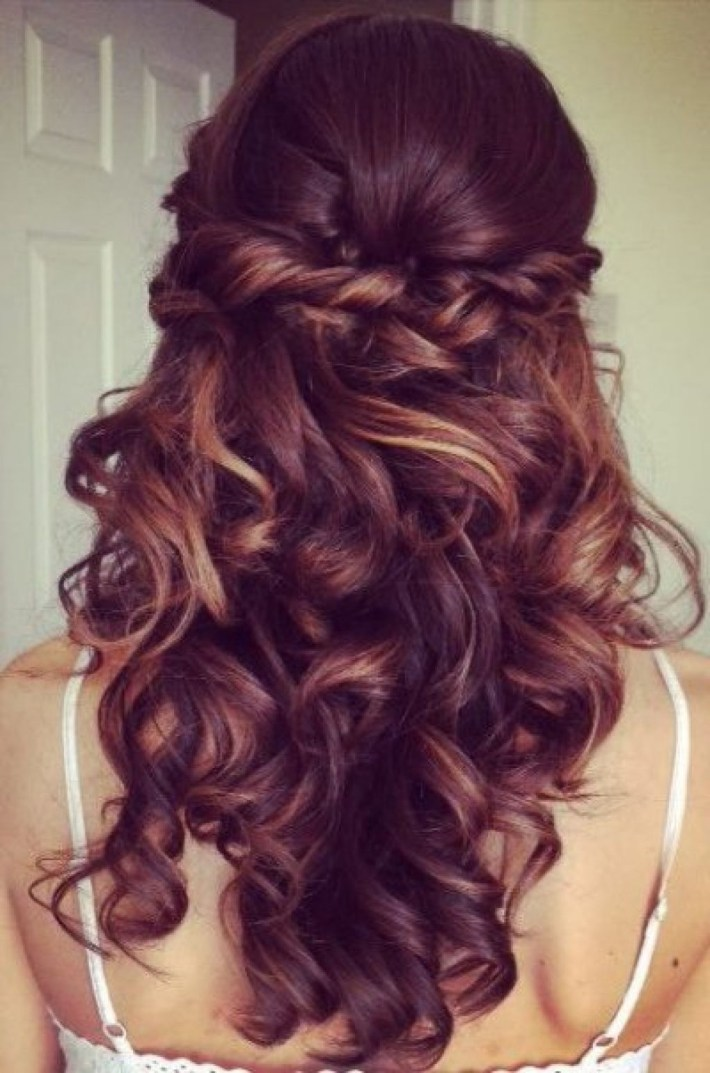 Elegant Curly Half Updo Prom Hairstyle With Bouncy Long Curls in Curly Down Prom Hairstyles