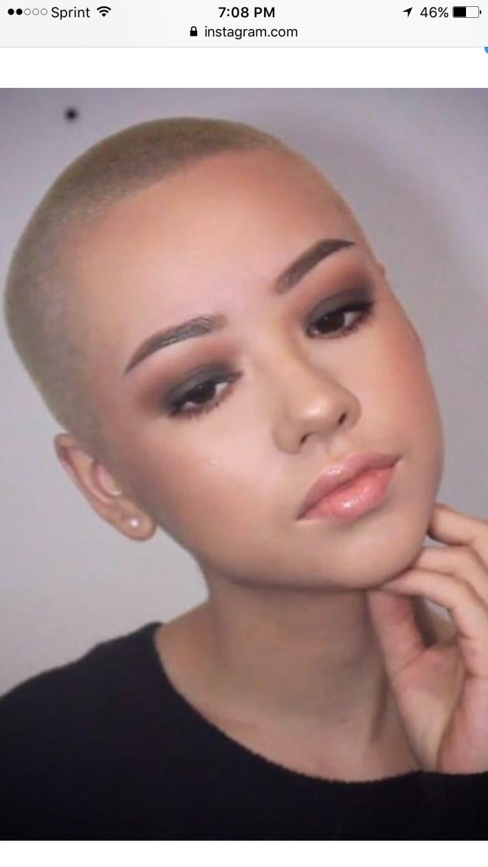 short cut hairstyles for the balding woman - wavy haircut