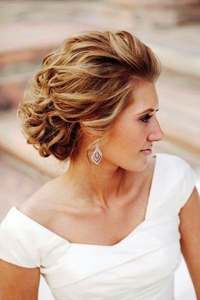 wedding hairstyles with thin hair for mother of bride - wavy