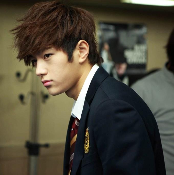 Cool Korean Hairstyles For Men   Korean Hair Trends For Men in Long Asian Hairstyles For Guys