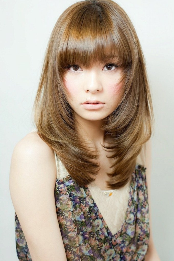 Shoulder Length Layered Hairstyles With Bangs For Thin Fine Brown with regard to The best Asian Womens Hairstyles Medium Length