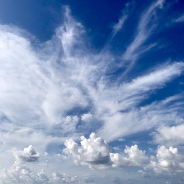 コルシカ島雲