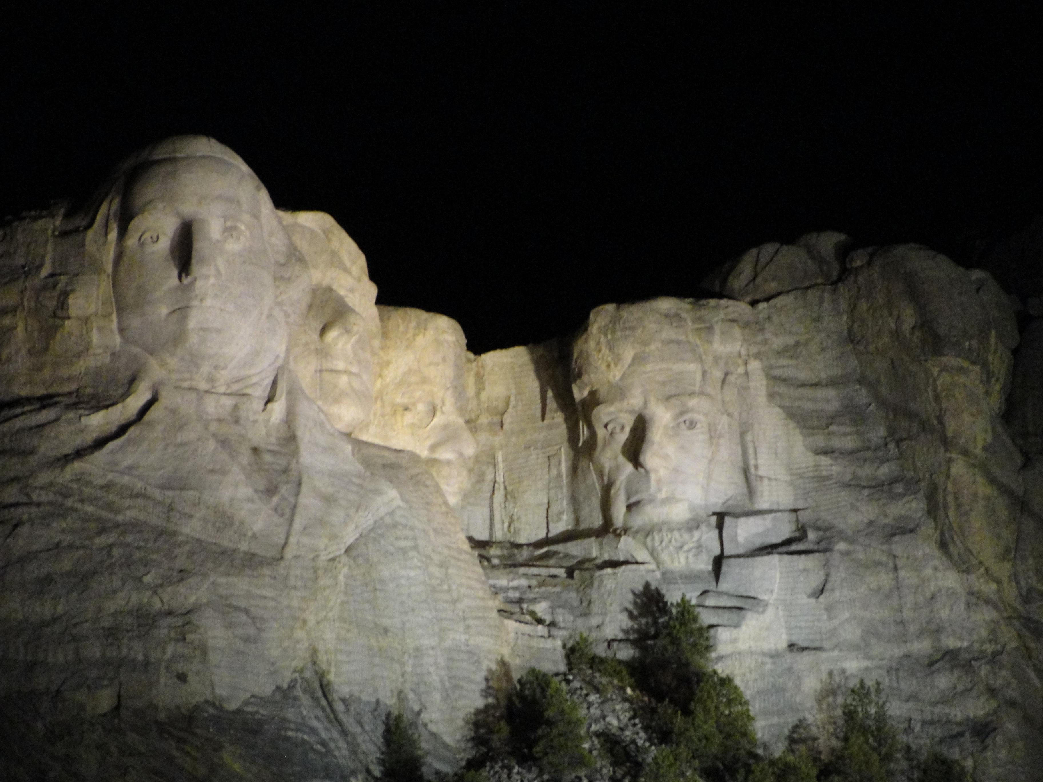 Mount Rusmore at night