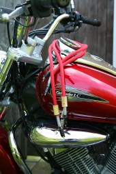 Way-Cables-Dynamic-2-Interconnect-on-Suzuki-Intruder-3